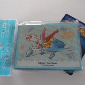 64 Japanse Pokemon TCG sleeves, kaart hoesjes Latios, Latias en Pikachu