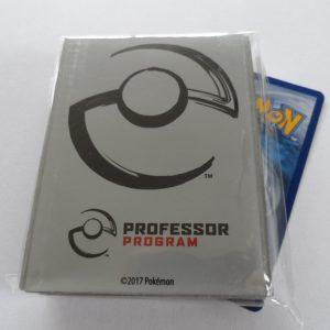 Grijze Pokemon Professor sleeves / hoesjes om je Pokemon kaarten in te beschermen